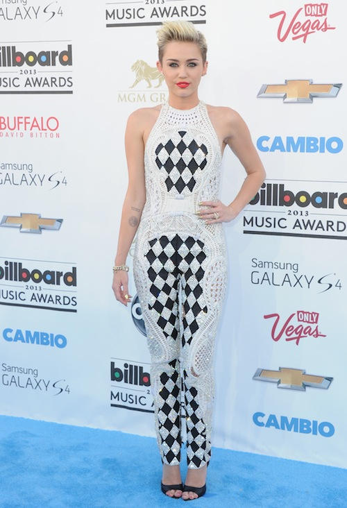 miley_cyrus_billboard_music_awards_2013.jpg